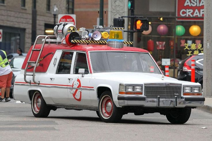 ecto-1 ghostbusters 2016