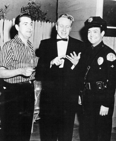 Ed Wood, Criswell e Paul Marco sul set dii Plan 9 From Outer Space